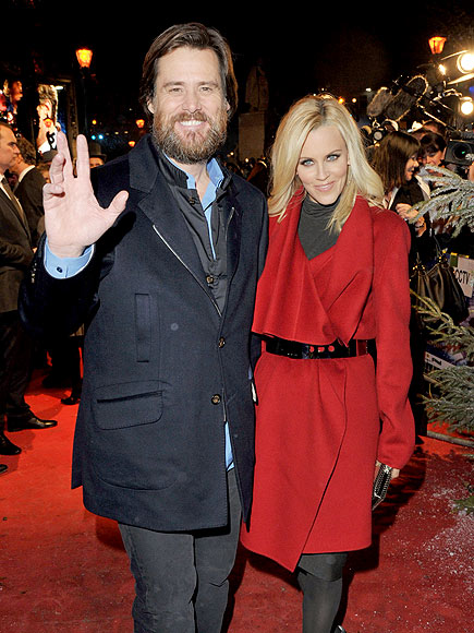 SEASON&#39;S GREETINGS photo | Jenny McCarthy, Jim Carrey