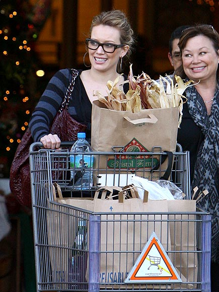 SUPER SHOPPERS photo | Hilary Duff