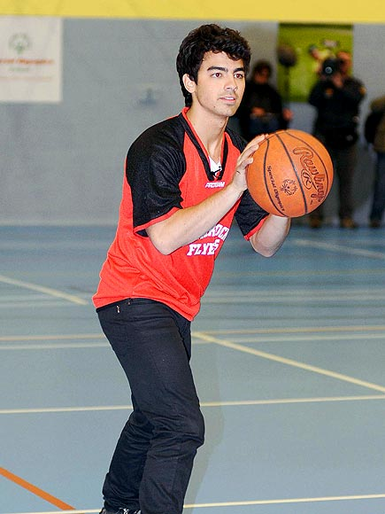 POINT & SHOOT photo | Joe Jonas