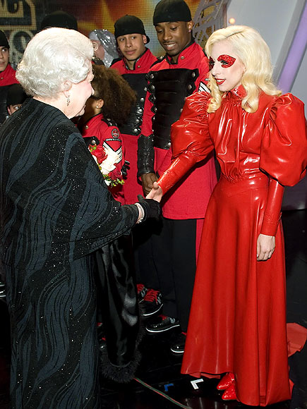 ROYAL WELCOME photo | Lady Gaga
