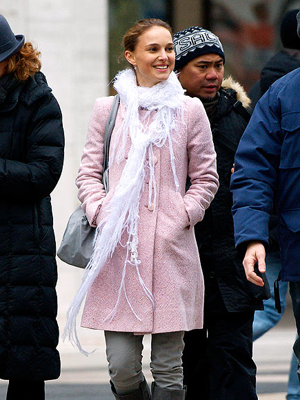 PRETTY IN PINK photo | Natalie Portman