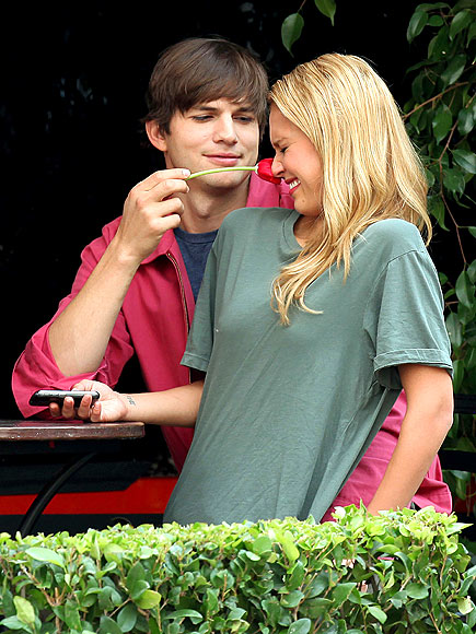 TICKLED PINK photo | Ashton Kutcher, Jessica Alba