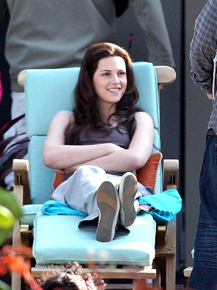 LOUNGE ACT photo | Kristen Stewart