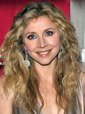 sarah chalke without makeup