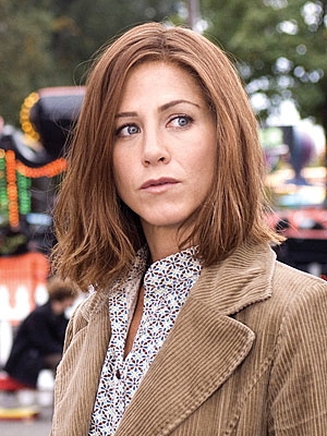 jennifer aniston hair color. Jennifer Aniston Undergoes an