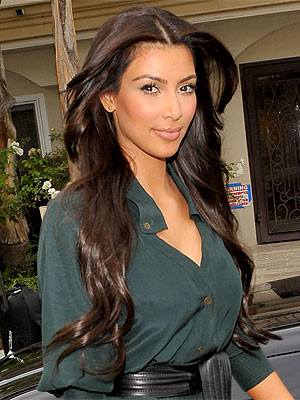 Kardashian Hair Styles on Kim Kardashian Goes Back To Black  Love It Or Hate It      Style News
