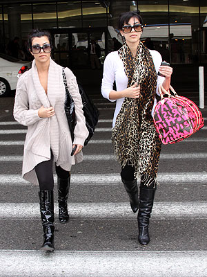 KOURTNEY AND KIM KARDASHIAN  photo | Kim Kardashian