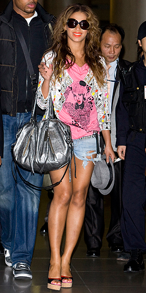 BEYONC&#201; photo | Airport Style, Beyonce Knowles