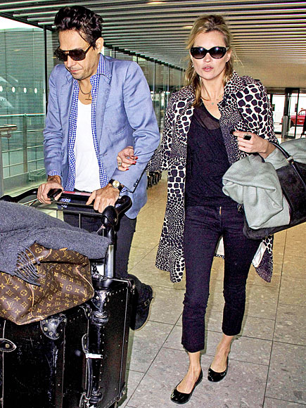 KATE MOSS photo | Airport Style, Kate Moss