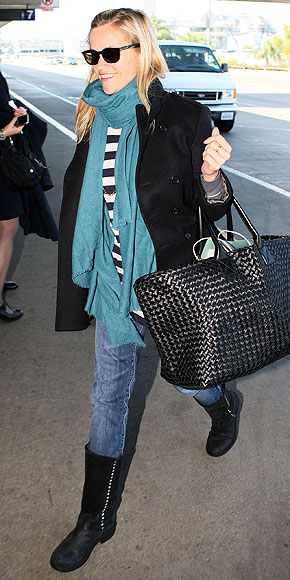 REESE WITHERSPOON photo | Airport Style, Reese Witherspoon