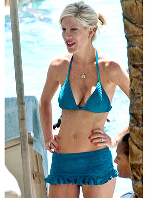 TORI SPELLING  photo | Tori Spelling