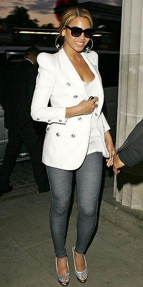 DENIM LEGGINGS photo | Beyonce Knowles