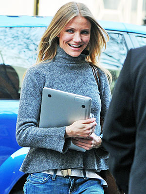 MACBOOK AIR photo | Cameron Diaz