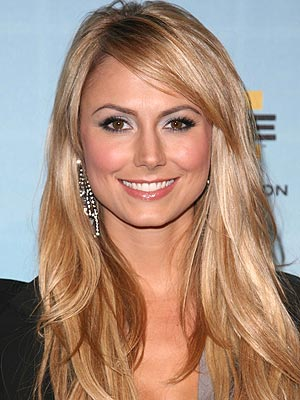 http://img2.timeinc.net/people/i/2009/stylewatch/gallery/nighttime/090126/stacy_keibler.jpg