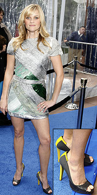 REESE'S BALENCIAGA PUMPS photo   Reese Witherspoon