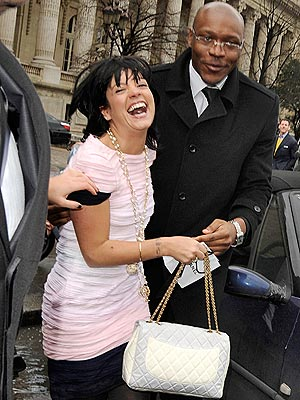 http://img2.timeinc.net/people/i/2009/stylewatch/gallery/paris/lily_allen.jpg