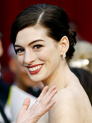 AWARD-WORTHY UPDO photo | Anne Hathaway