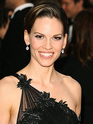 LATE-NIGHT SKIN SECRET photo | Hilary Swank