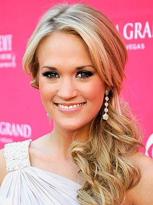 carrie underwood without makeup