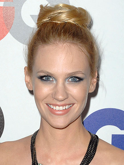 CHIGNON photo | January Jones