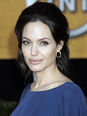angelina jolie lip gloss.  the lips as a colorless lip-gloss instead of a red lipstick and look
