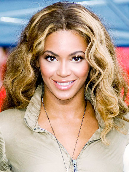 BEYONCÉ'S SEXY SOPHISTICATION photo | Beyonce Knowles