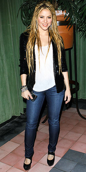 shakira in jeans. SHAKIRA photo | Shakira
