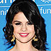 Last Night&#39;s Look: Hit or Miss? (Dec. 7 2009) | Selena Gomez