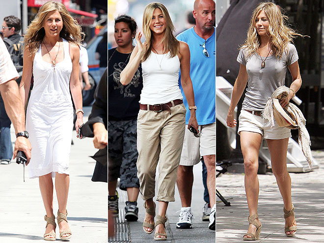STUART WEITZMAN WEDGES  photo | Jennifer Aniston