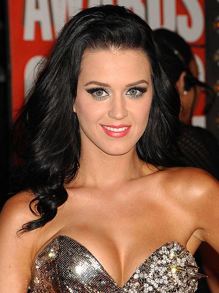 TRY KATY'S HOT & BOLD STYLE photo | Katy Perry