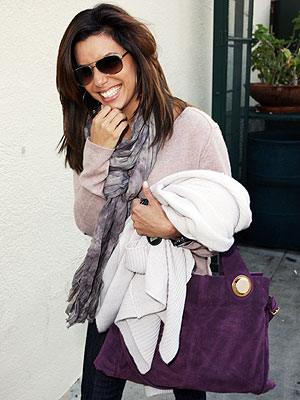 EVA LONGORIA PARKER'S PURPLE BAG  photo | Eva Longoria