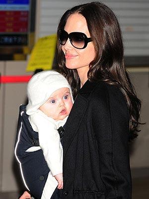ANGELINA JOLIE'S SHADES photo | Angelina Jolie