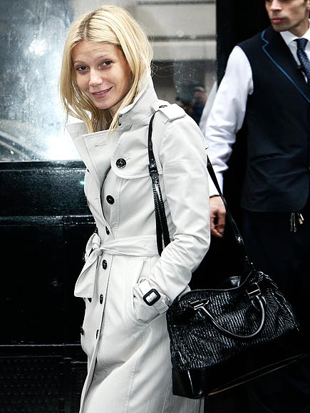 GWYNETH PALTROW'S TRENCH & BAG  photo | Gwyneth Paltrow