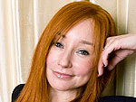 Tori Amos Sings in the Shower – Really! | Tori Amos