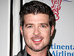 Robin Thicke Gets His Face Licked!