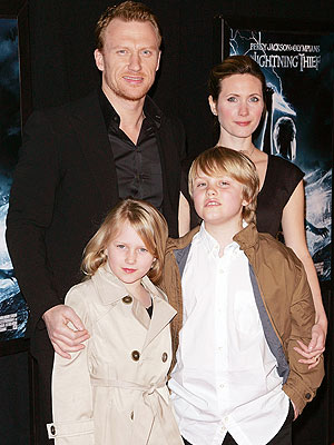 Kevin McKidd and family