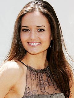 The Wonder Years's Danica McKellar Is Pregnant | Danica McKellar