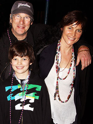 Family Photo: Richard Gere Lets His Hair Down – Moms ...