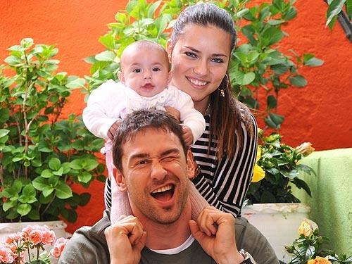 Adriana Lima Baby Girls