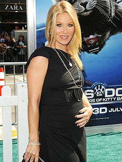 Christina Applegate to Be World's First Hippie, Type-A Mom | Christina Applegate