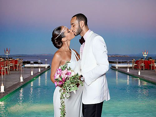 AMAZING in this beautiful Grecianinspired Vera Wang wedding dress