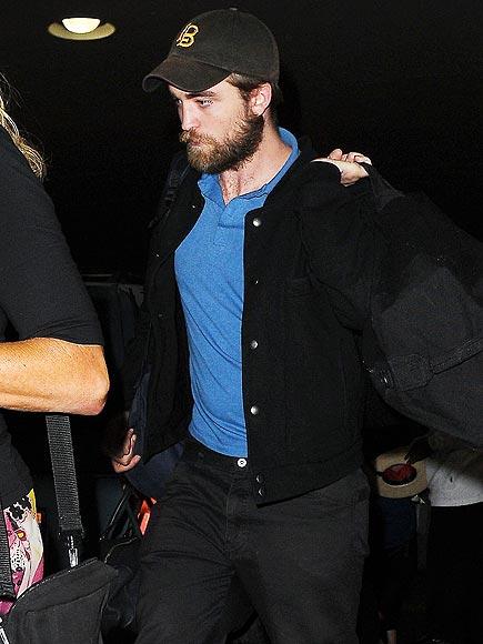 SMOOTH LANDING photo | Robert Pattinson