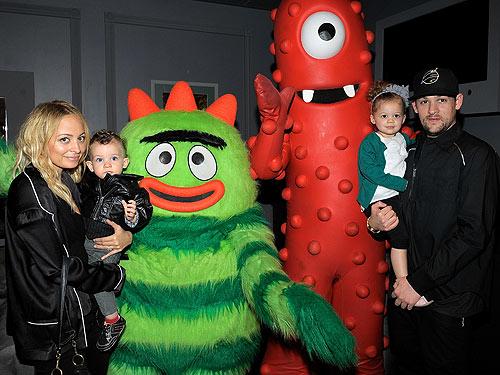Celebs and Their Kids Party Yo Gabba Gabba Style