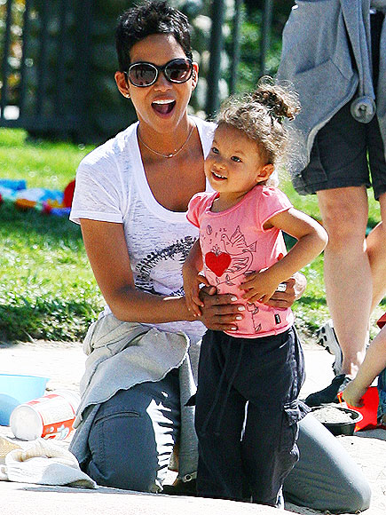 PLAY DATE photo | Halle Berry