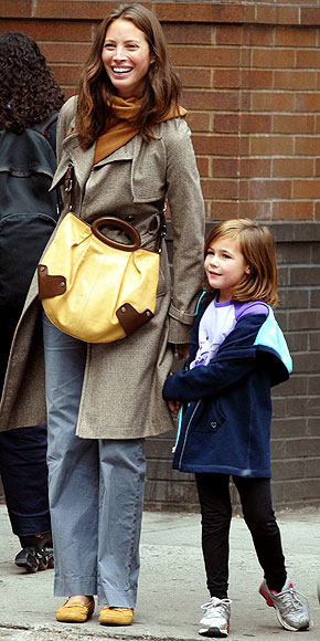 CHRISTY TURLINGTON photo   Christy Turlington