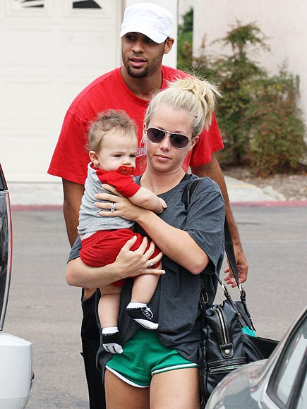 SAN DIEGO CHARGERS photo | Hank Baskett, Kendra Wilkinson