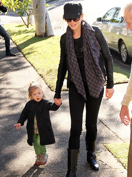 WALKING TALL photo   Nicole Kidman
