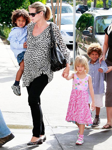 MOMMY DUTY photo | Heidi Klum