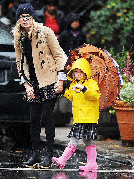 STYLIN' IN THE RAIN photo | Michelle Williams