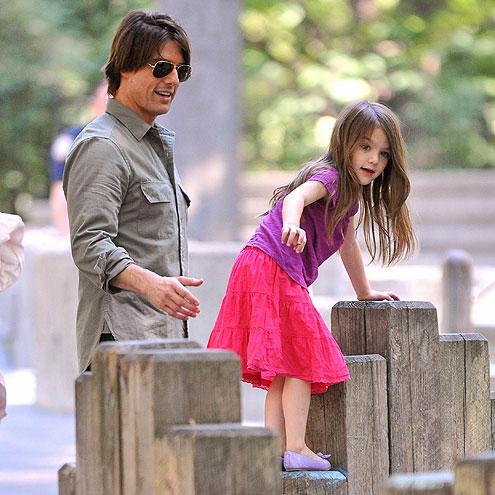 TOM & SURI photo | Tom Cruise